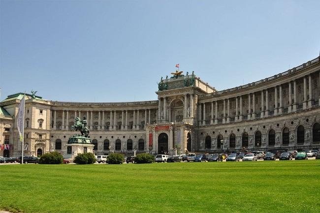 Chu du thủ đô Vienna trong vòng 24 giờ