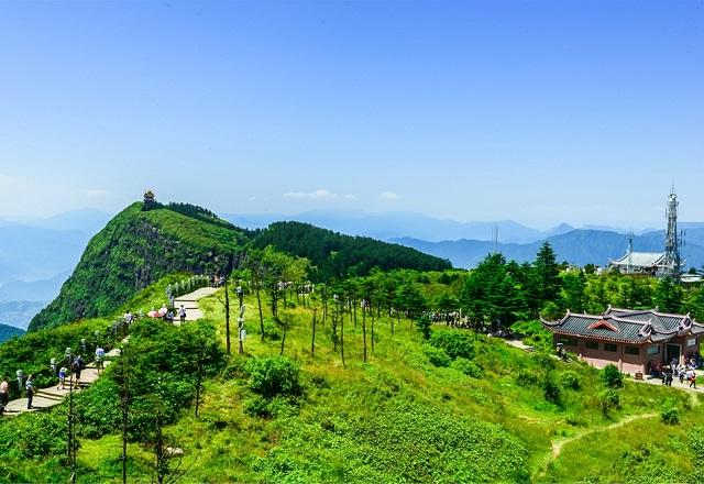 Những ngọn núi võ thuật khiến khách EVA Air mê đắm